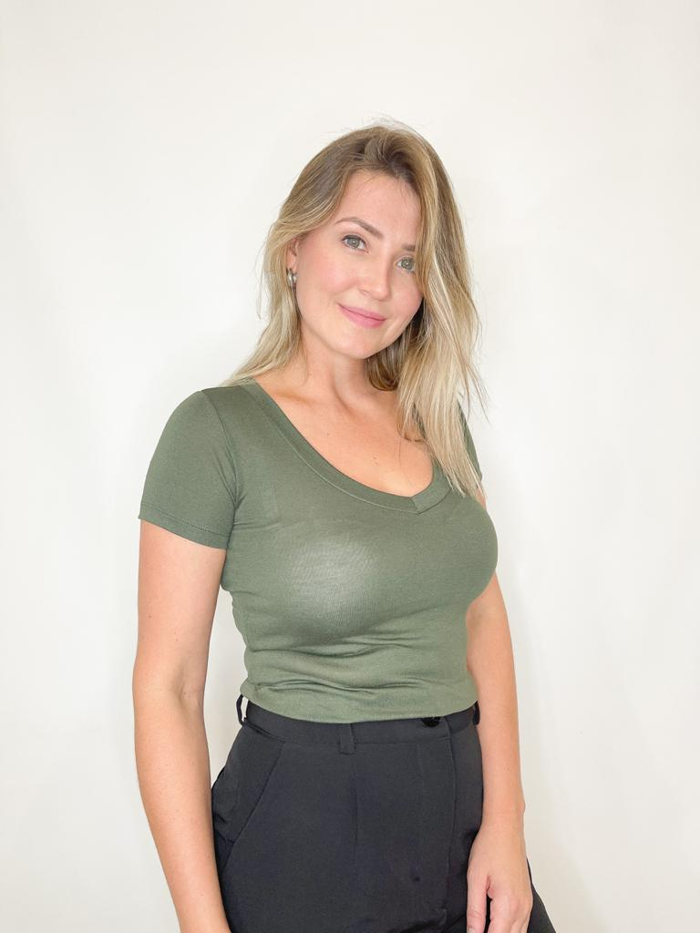 Camiseta Podrinha Verde Militar