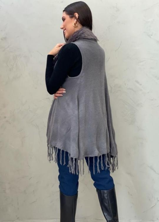 Colete cinza em lã com pelagem