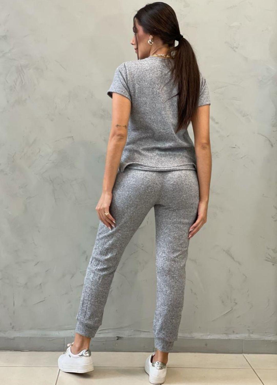 Conjunto em tricot comfy cinza
