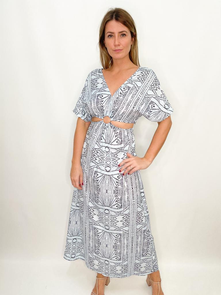 Vestido estampado azul com abertura
