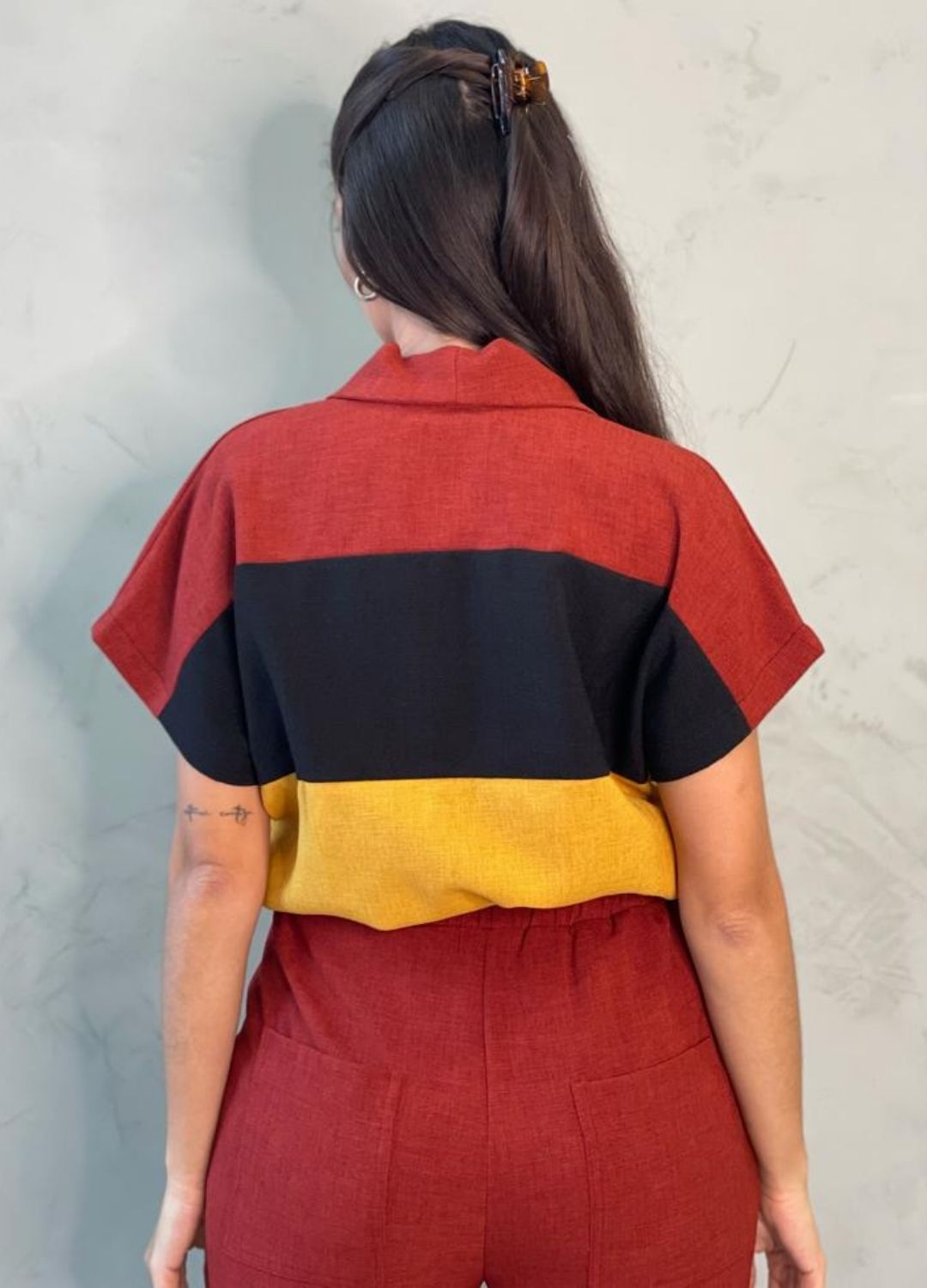 Cropped Tricolor