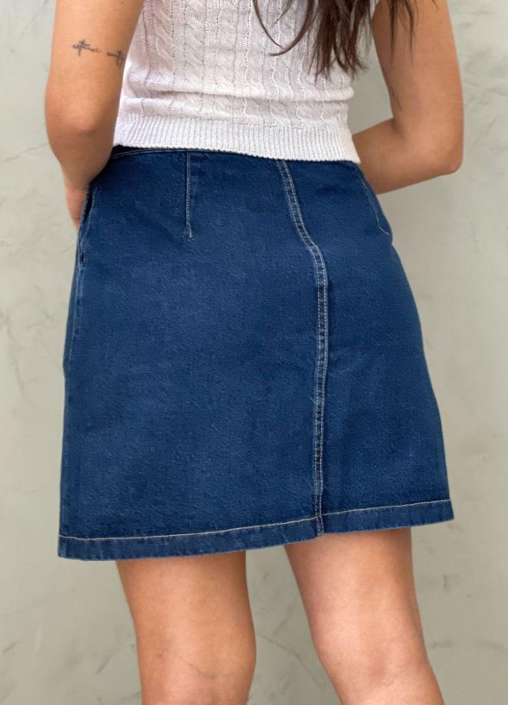 Saia Jeans com botão