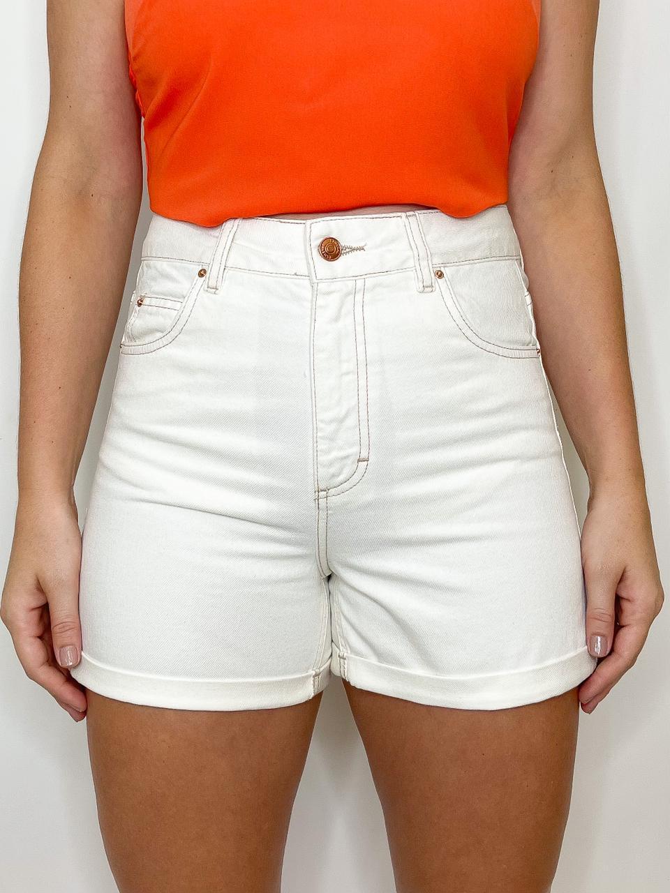 Short Jeans Off