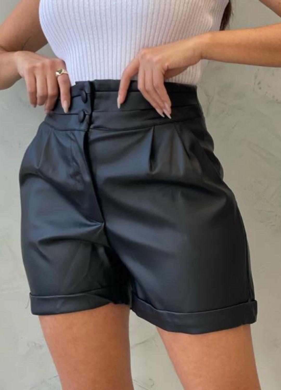 Short preto couro Eco