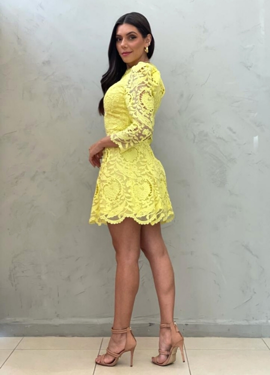 Vestido curto Amarelo em guipir