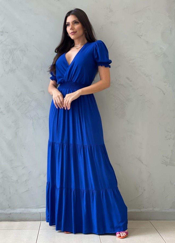 Vestido longo acinturado azul bic