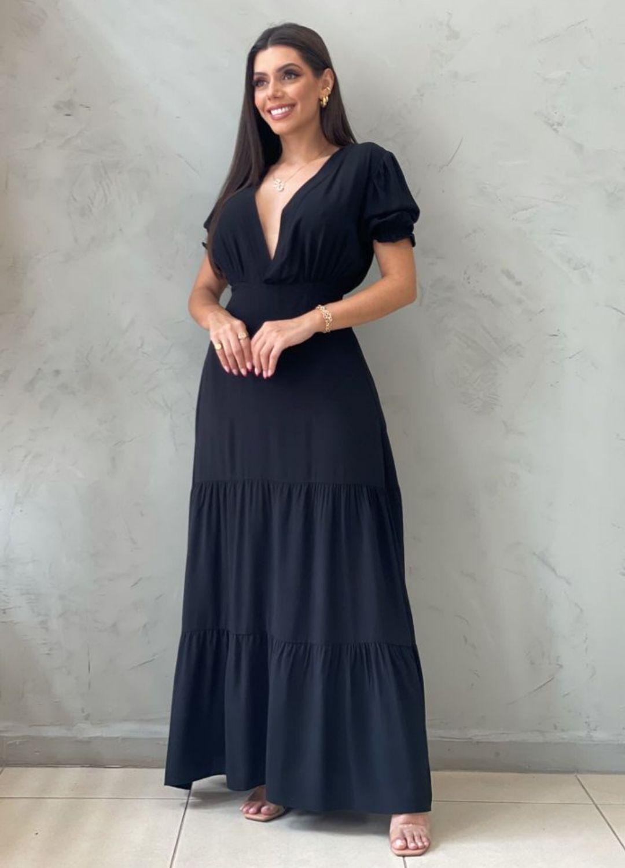 Vestido longo acinturado preto