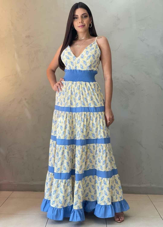 Vestido longo estampado amarelo e azul
