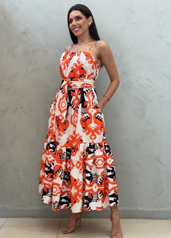 Vestido midi amplo laranja estampado