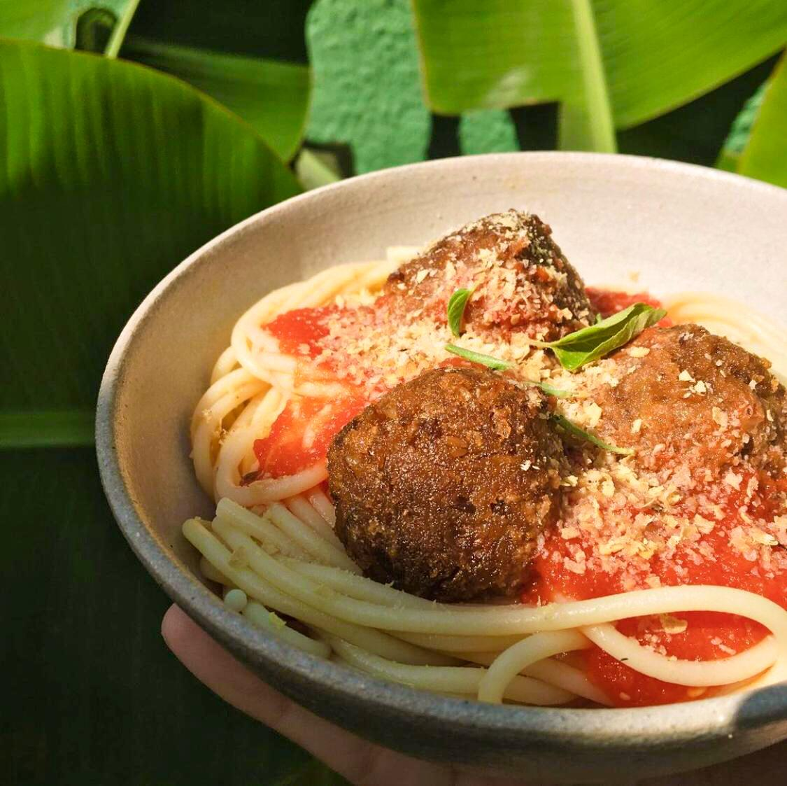 Spaguetti com Almondegas de Cogumelos