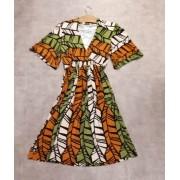 Vestido transpassado no decote