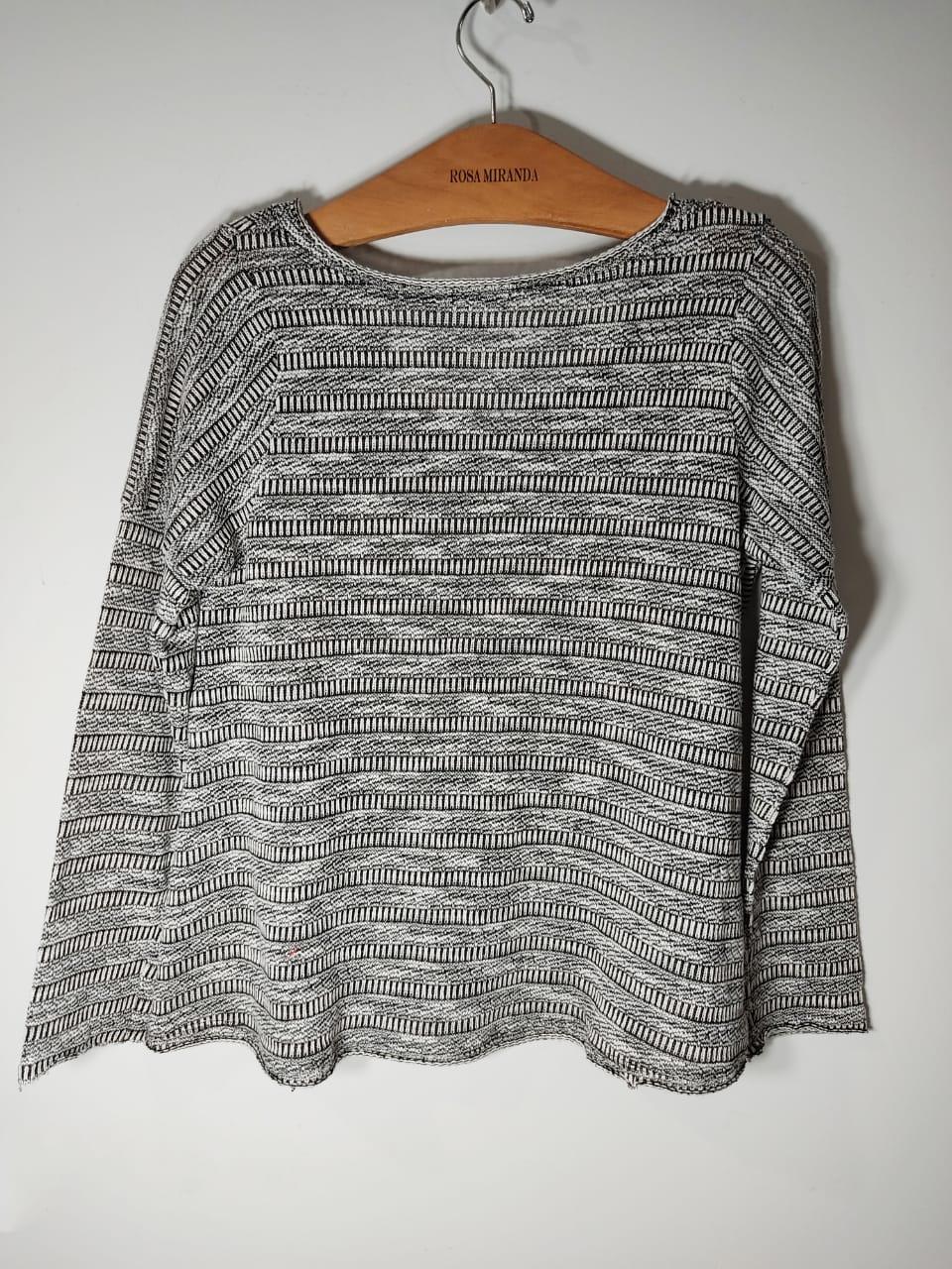 Blusa malha tricot mesclada