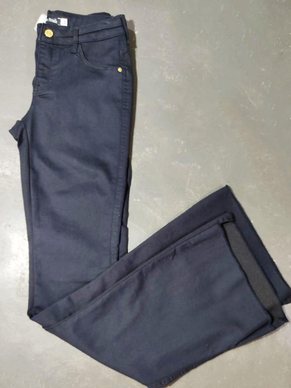 Calça black jeans flare