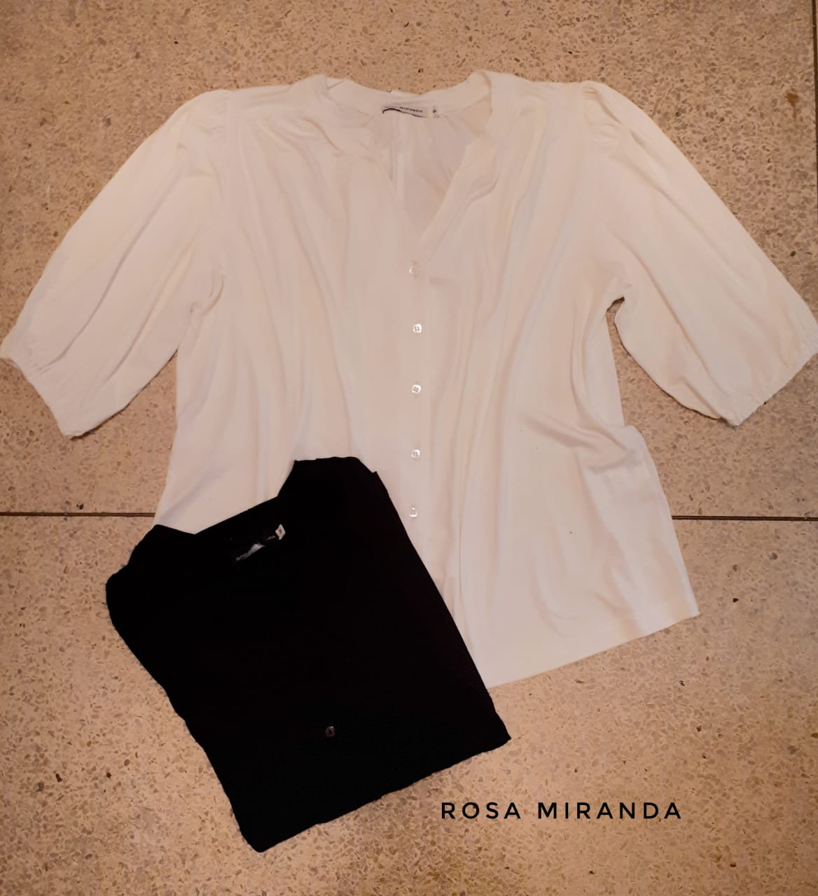 Camisa abotoar manga ampla pelo cotovelo