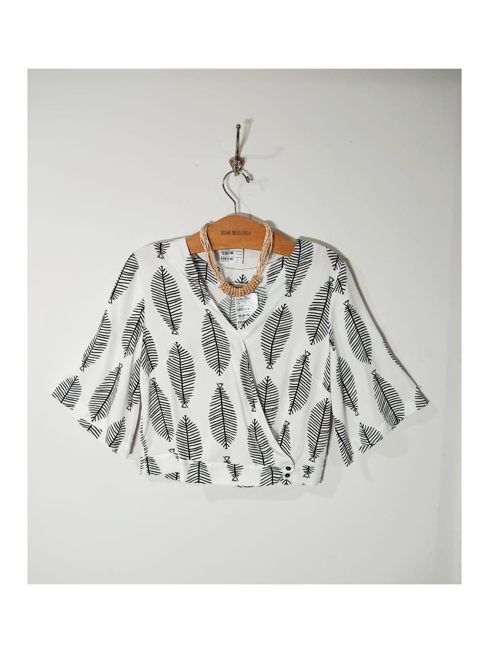 Camisa transpasssada viscose estampada