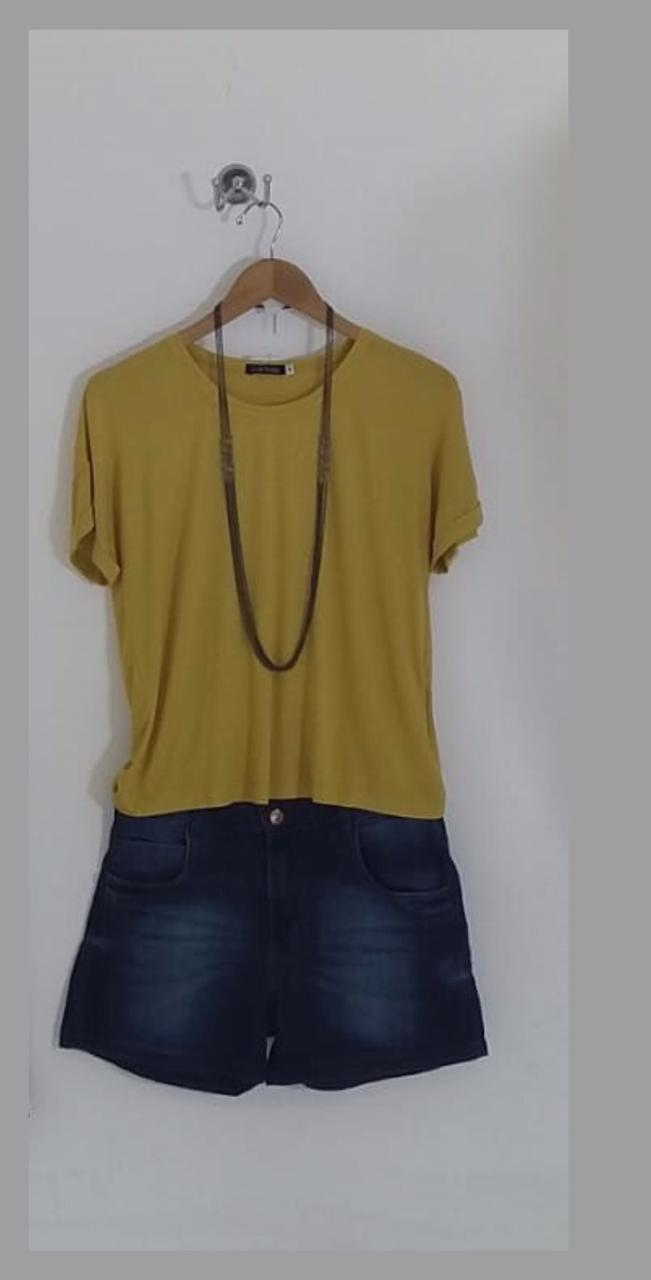 short dark blue jeans stone