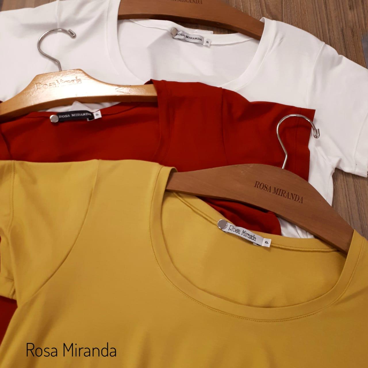 T-shirt básica malha