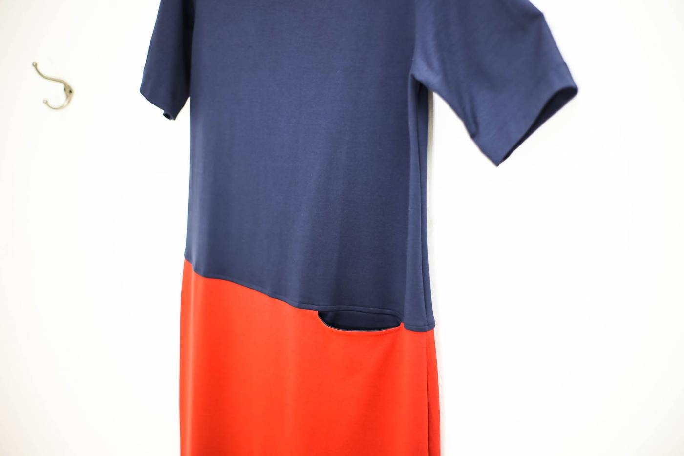 Vestido malha bicolor