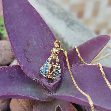 Colar Nossa Senhora Aparecida com Microzirconias azuis Banhado em Ouro18k