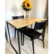 Mesa estilo industrial 1,00cm x0, 58  x 0,75cm