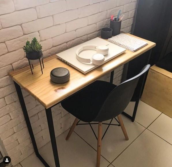 Escrivaninha /Mesa para Escritório Industrial de Ferro