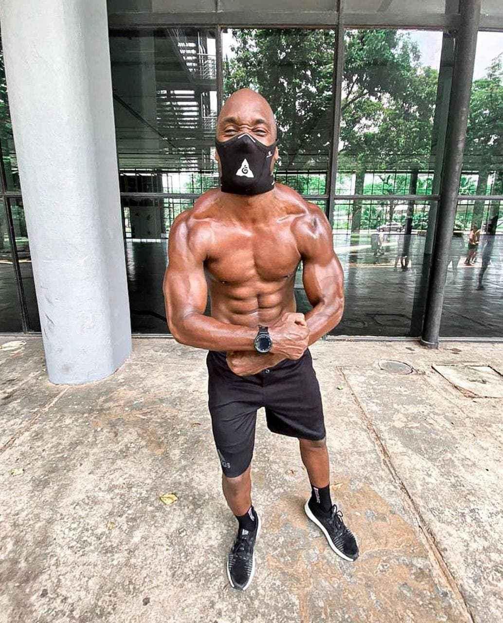Mascara Esportiva Mahamudra Preta Safe Sport