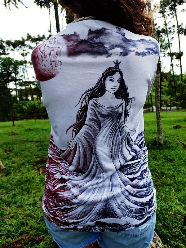 Camiseta Orixas Yemanja Vinho M
