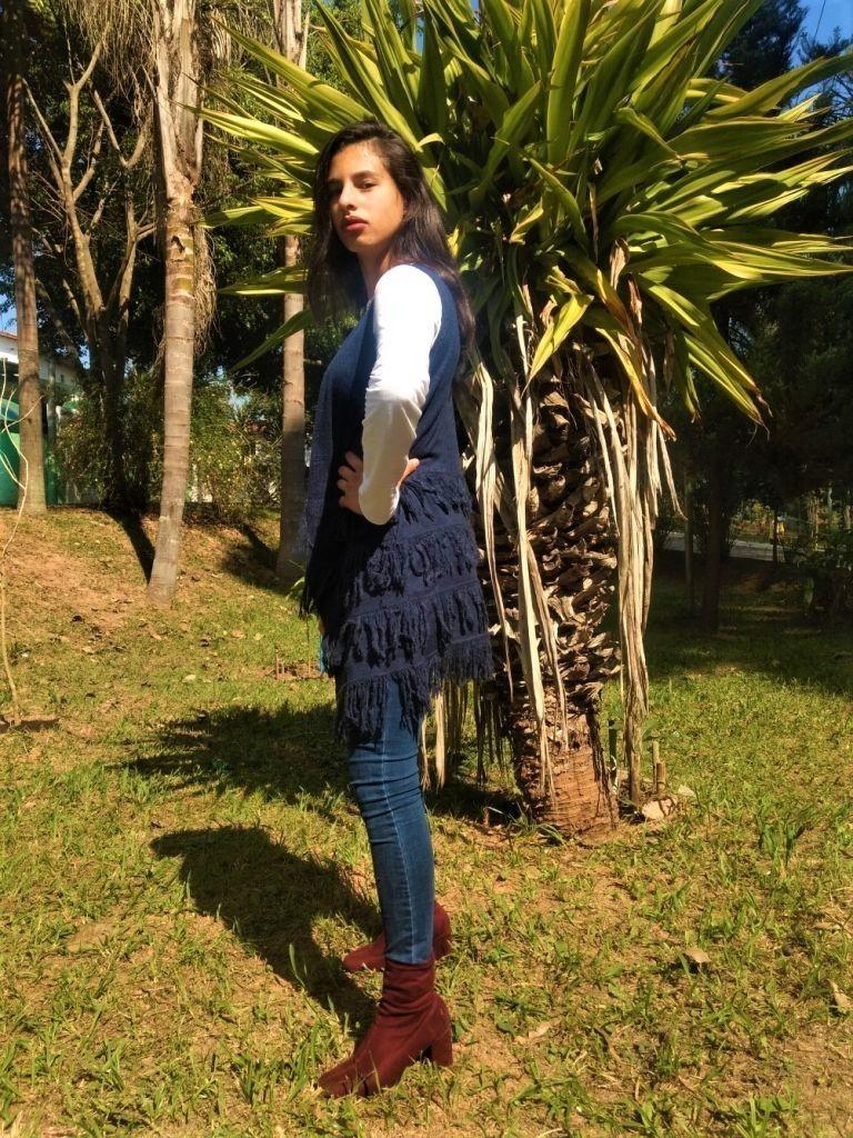 Colete Boho De Tricot Com Franjas Azul Marinho