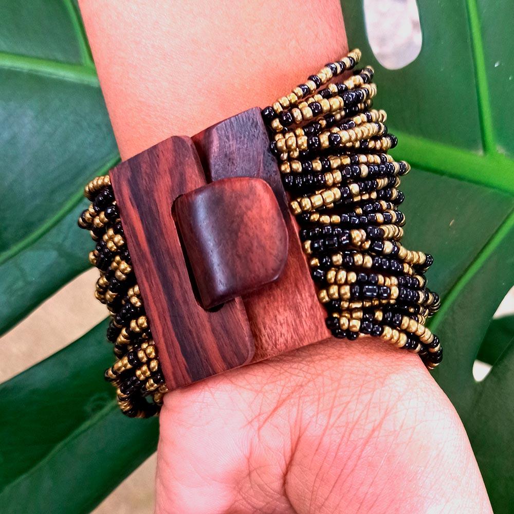 Pulseira Madeira Missanga Dourado Peru