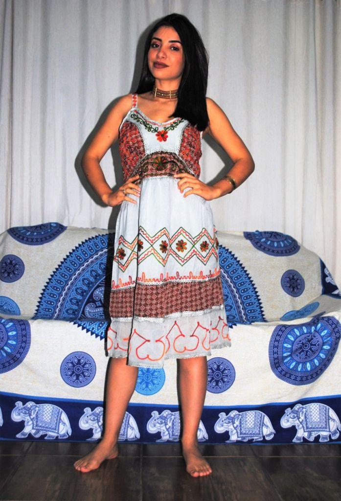 Vestido Indiano Curto Bordado Cinza Boho Hippie Chic