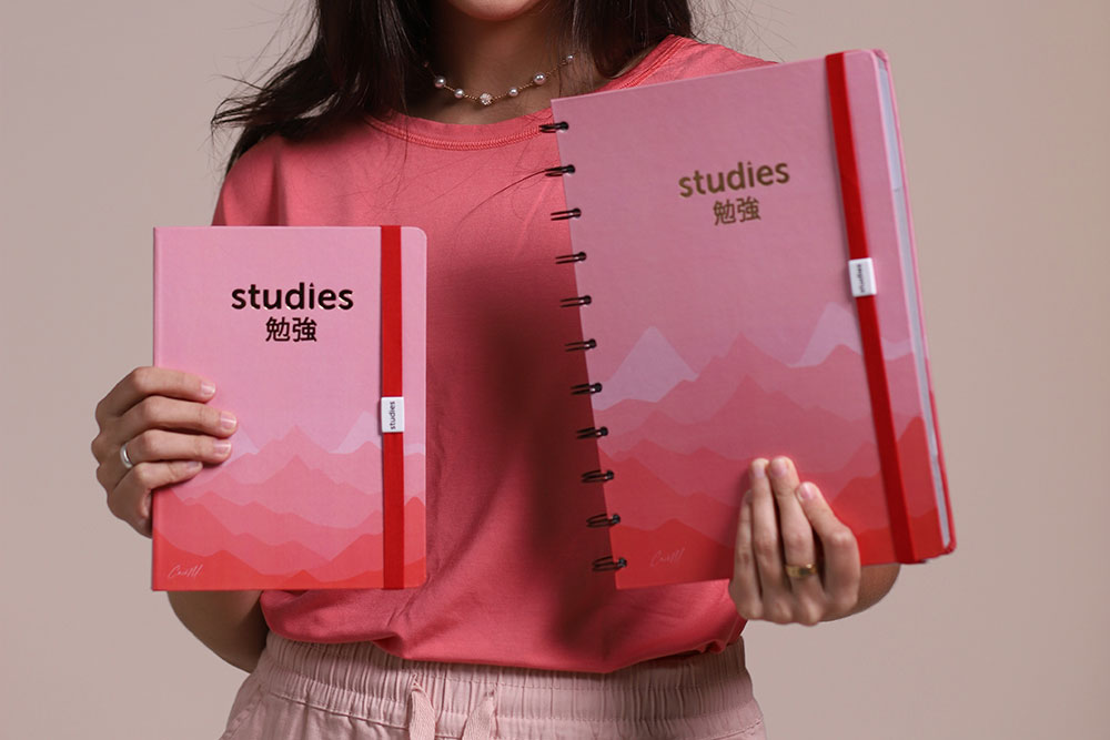 Caderno Studies Golden Pink