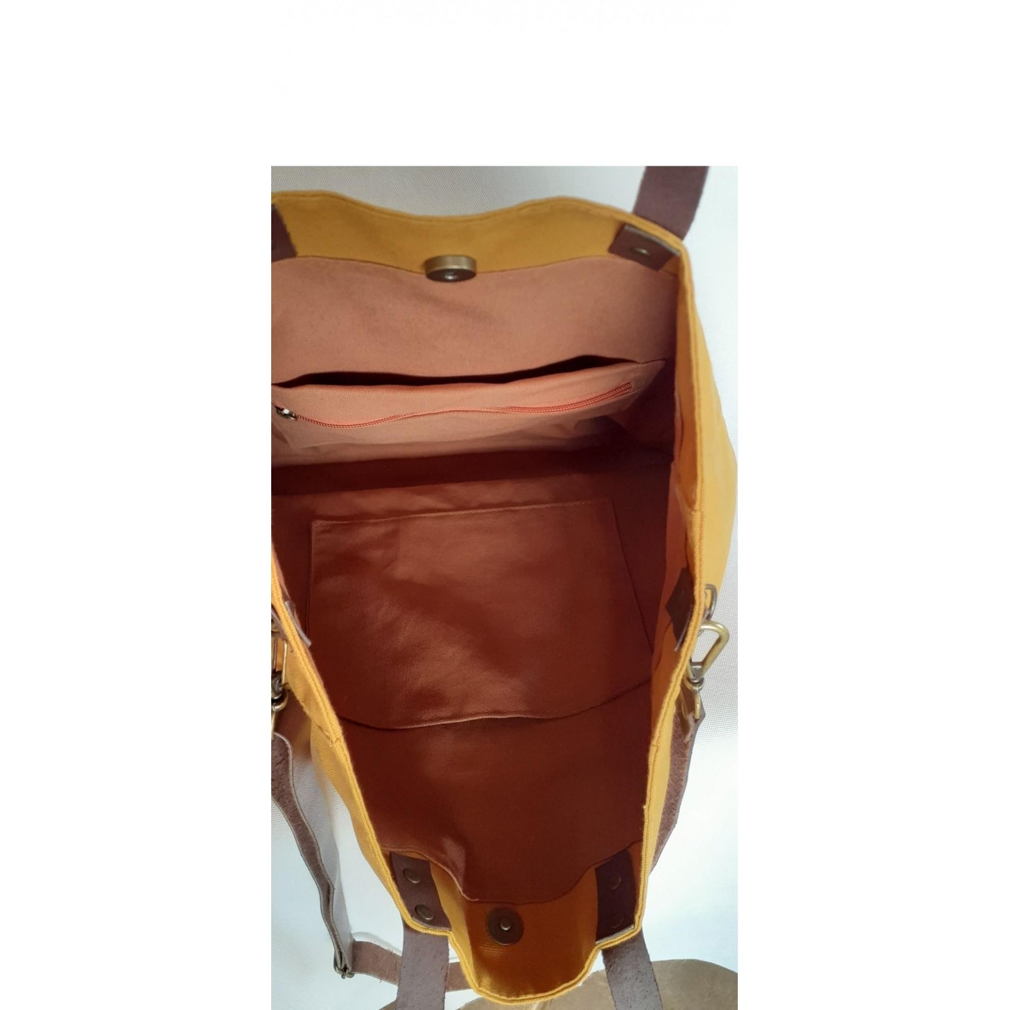 Bolsa maccril de tecido cor mostarda