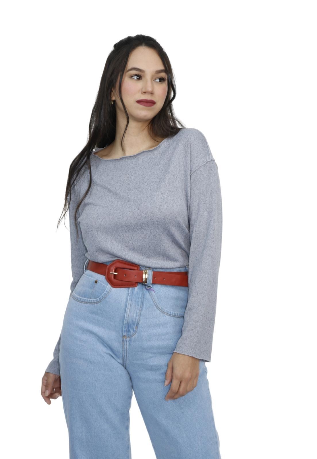 Blusa Feminina Lanzinha Costura ao Avesso