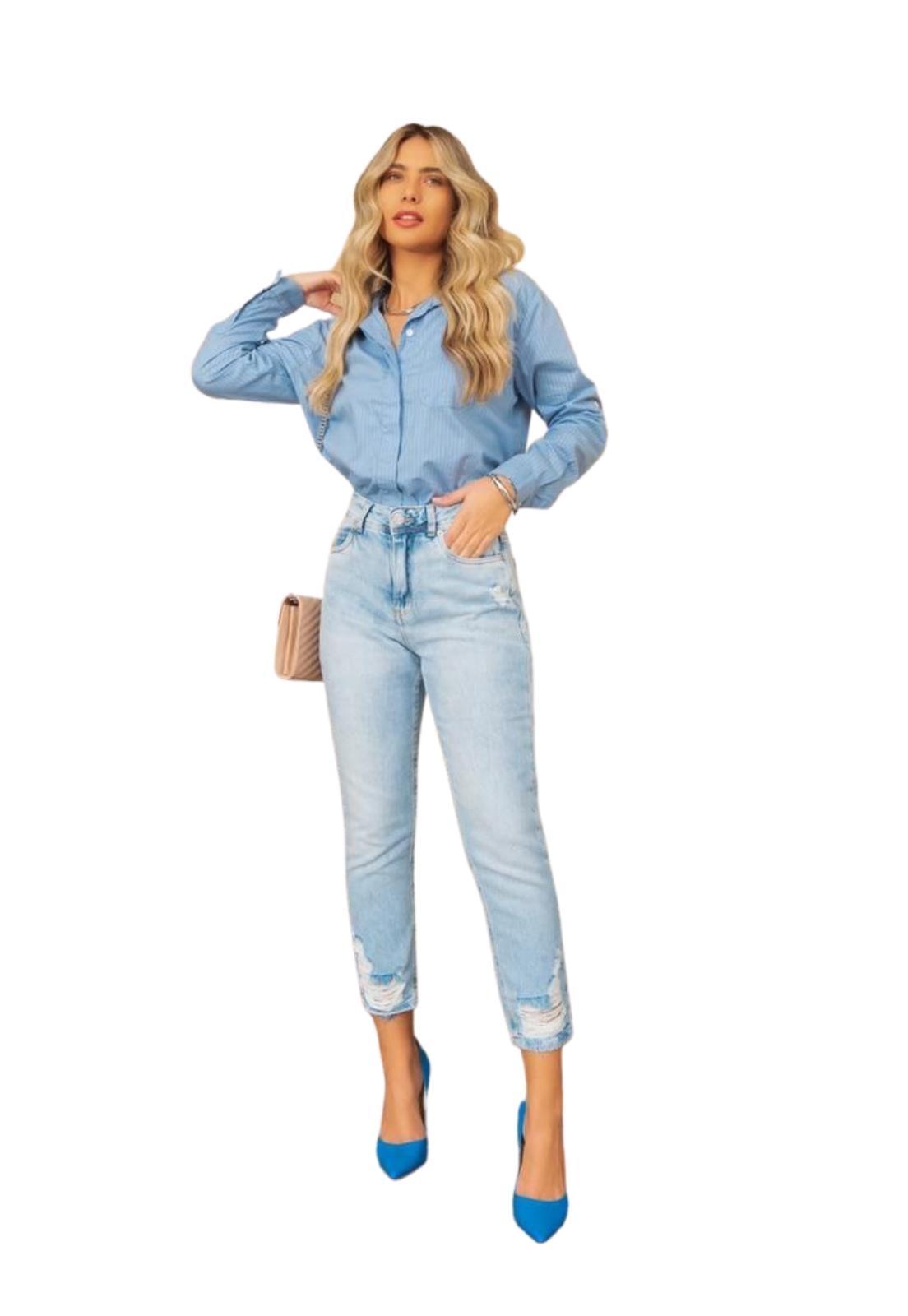 Calça Feminina Jeans Claro Mom Destroyd e Puídos