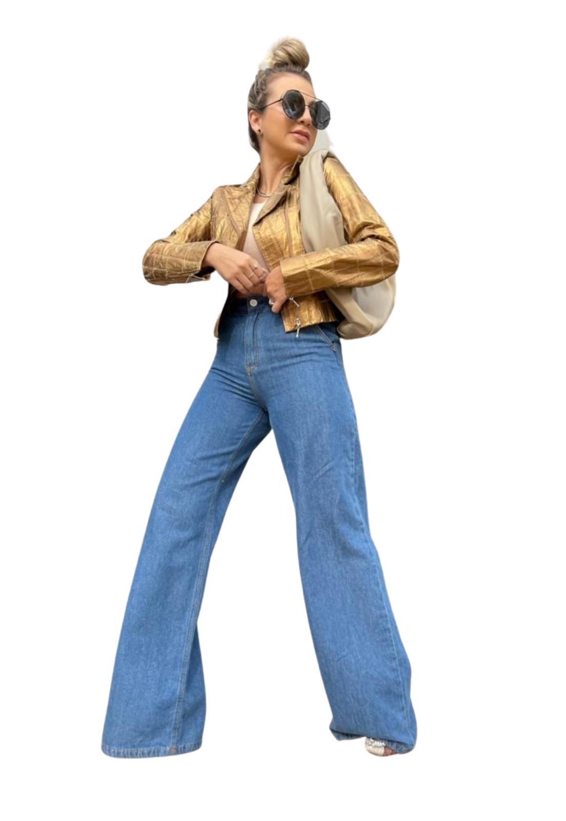 Calça Feminina Jeans Médio Pantalona Wide Leg Com Elastano