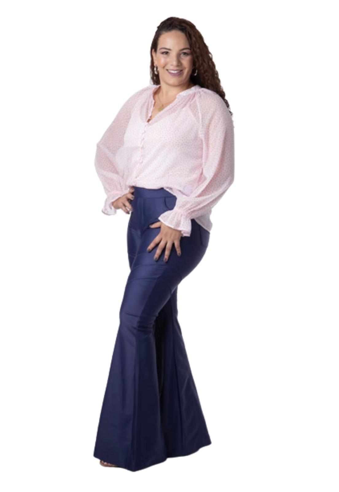 Calça Feminina Prada Flare Detalhes Costura E Bolsos