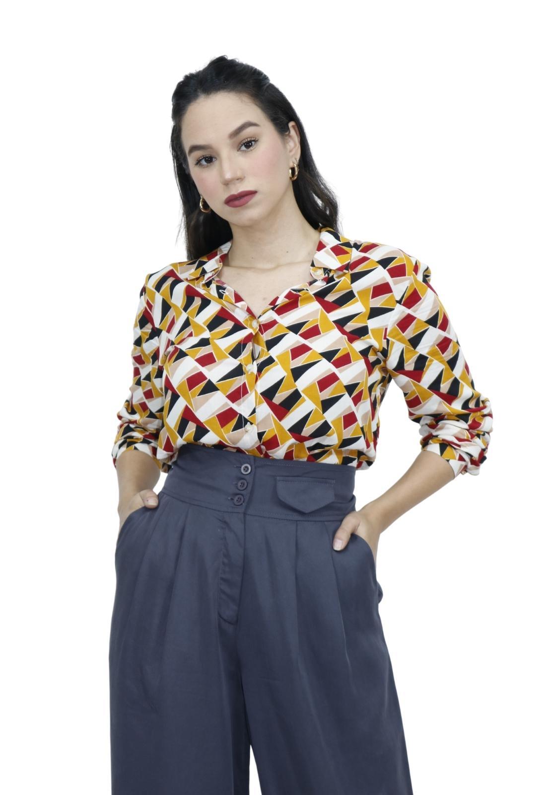 Camisa Feminina Manga Longa Estampa Geométrica