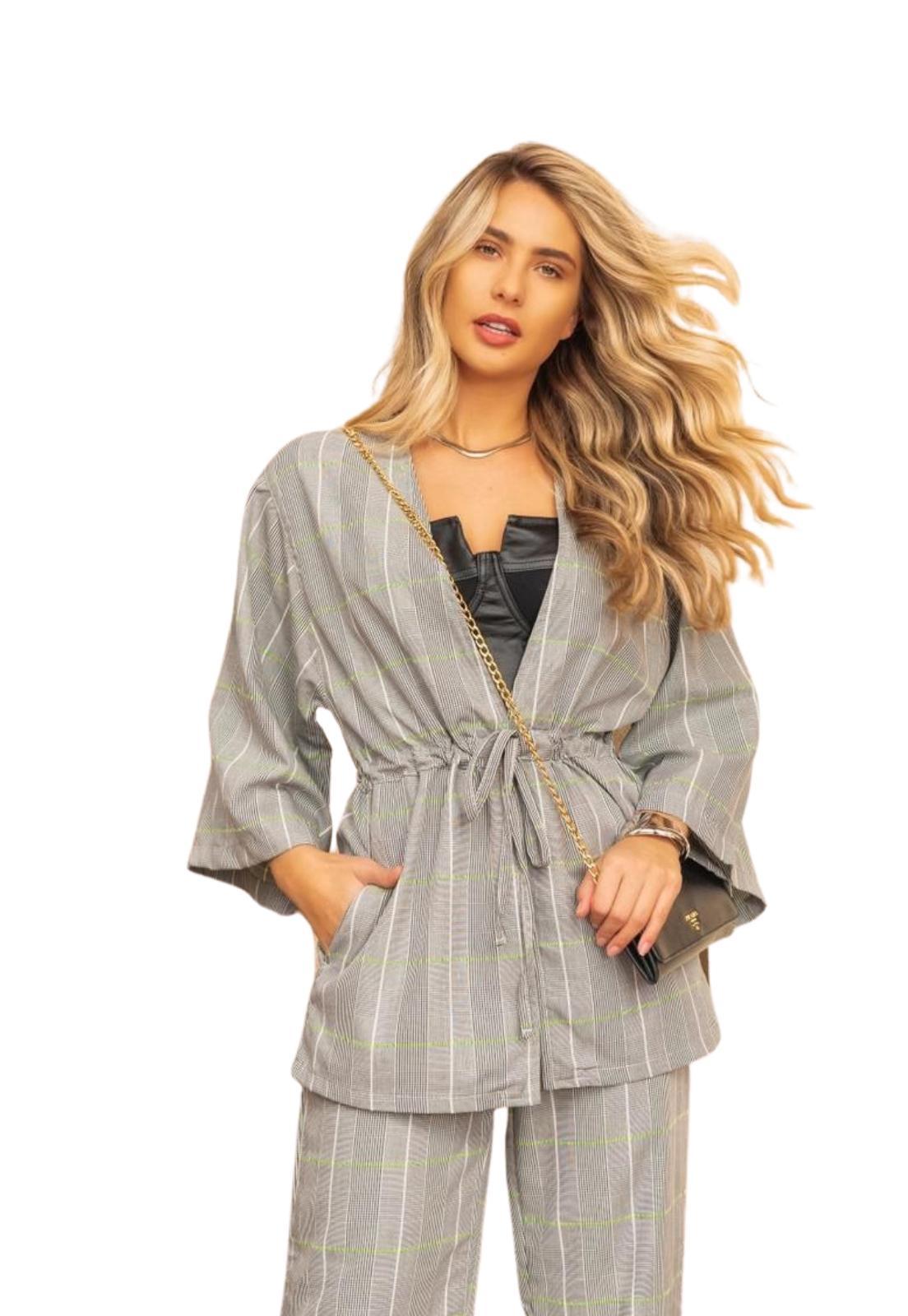 Kimono Feminino Amplo Estampa Xadrez Listra Com Amarração