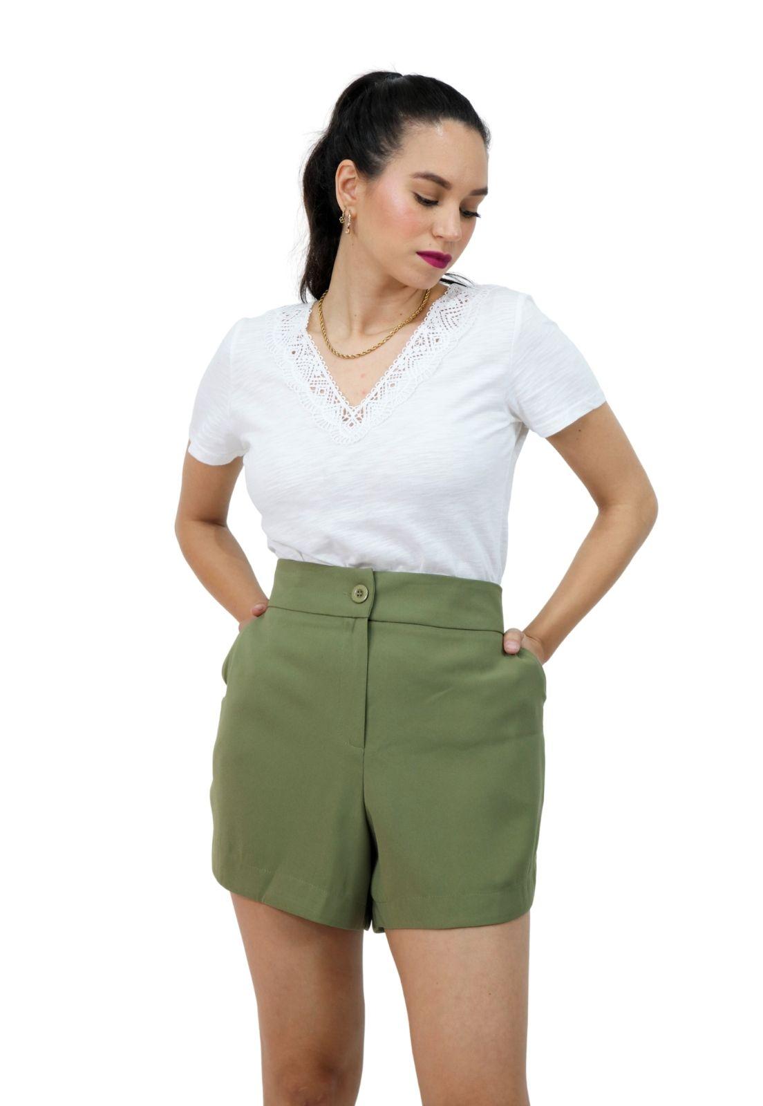 Short Feminino Curto Alfaiataria Cintura Alta Com Bolsos