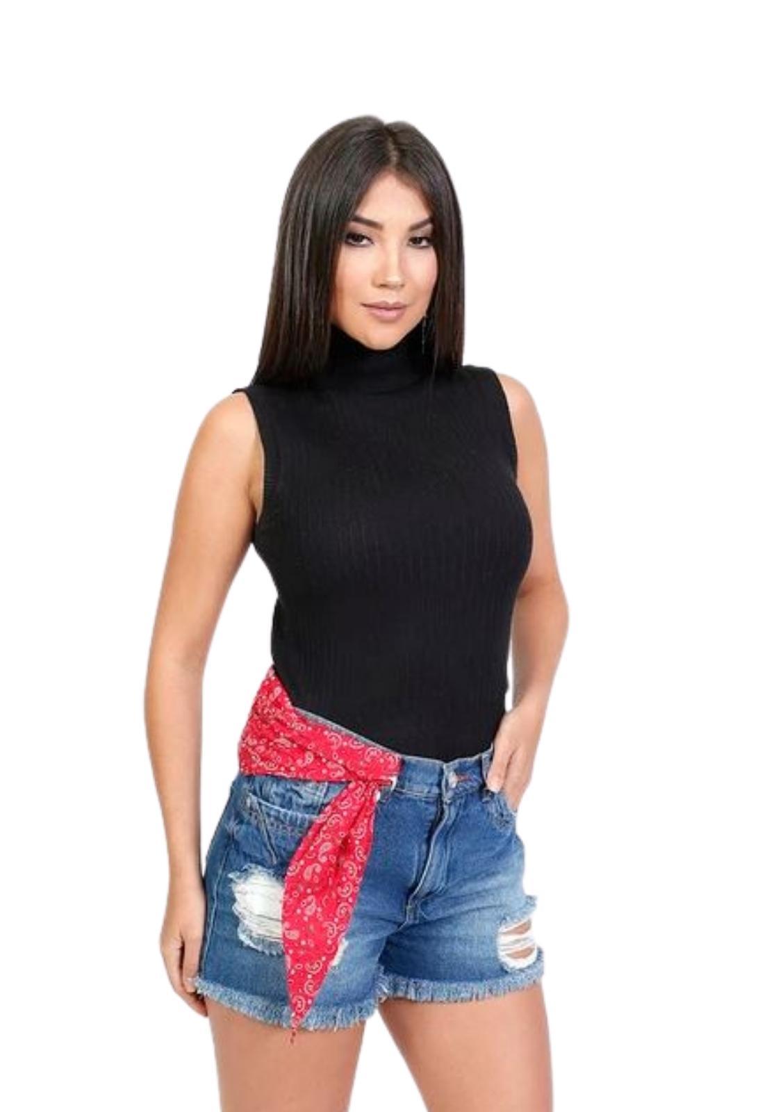 Short Feminino Curto Jeans Escuro Destroyed e Puído Bandana