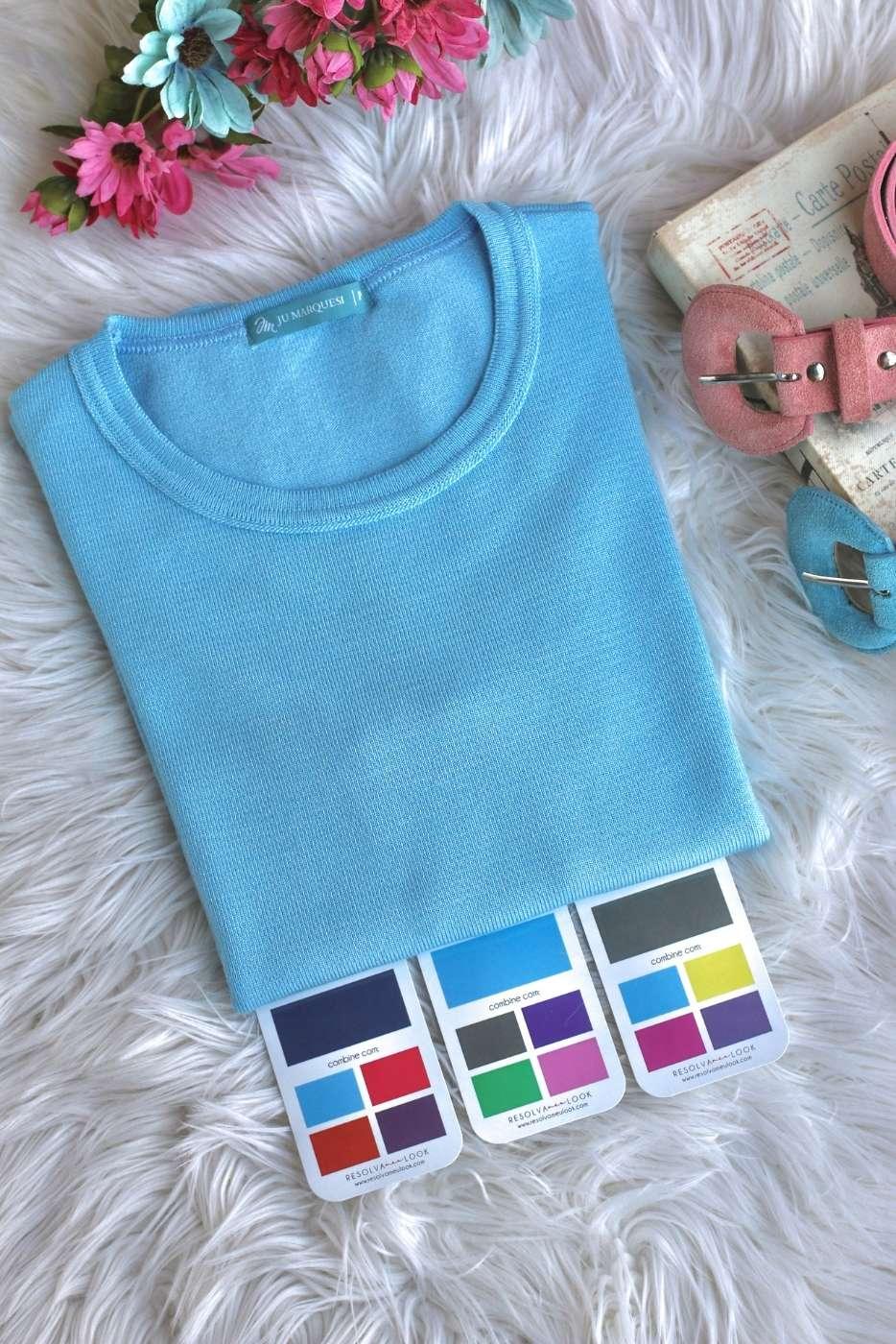Blusa Basic Comfy Azul Serenity