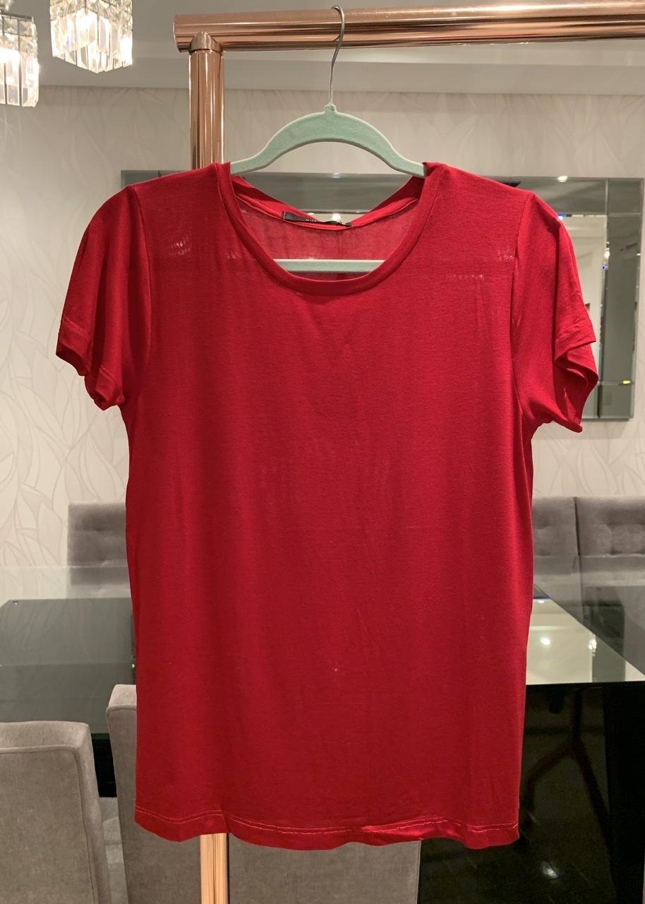 Blusa Basic Vermelha Villon