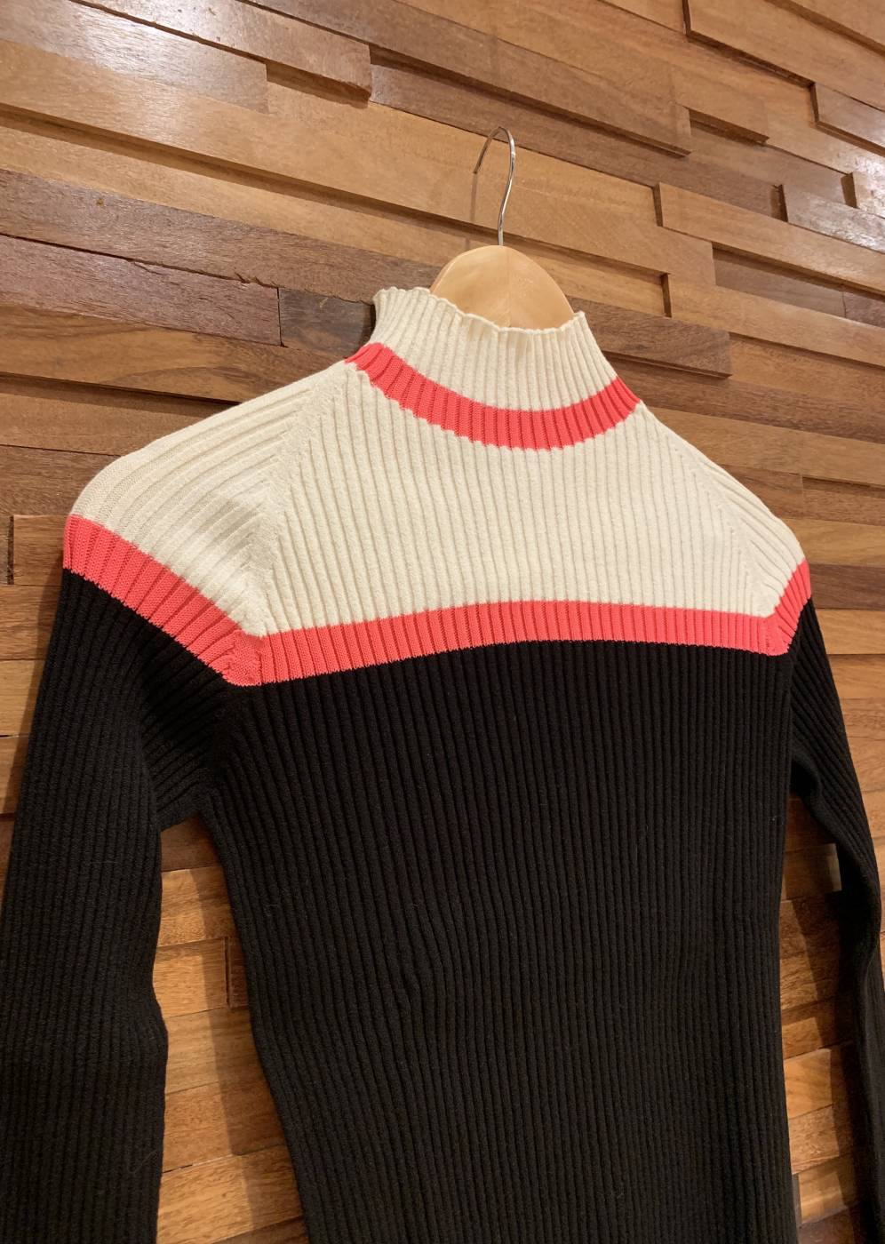 Blusa Cacharrel Unique Listra