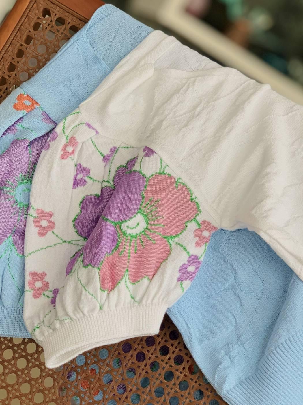 Blusa Manga Flores Rayon