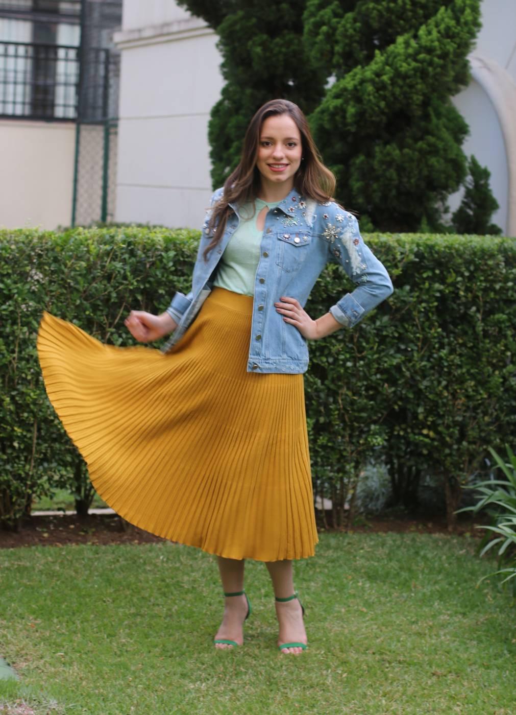 Jaqueta Jeans Destroyed Bordada Villon