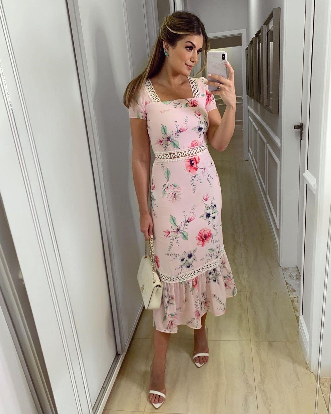 Vestido Midi Crepe Floral Rosa Milalai