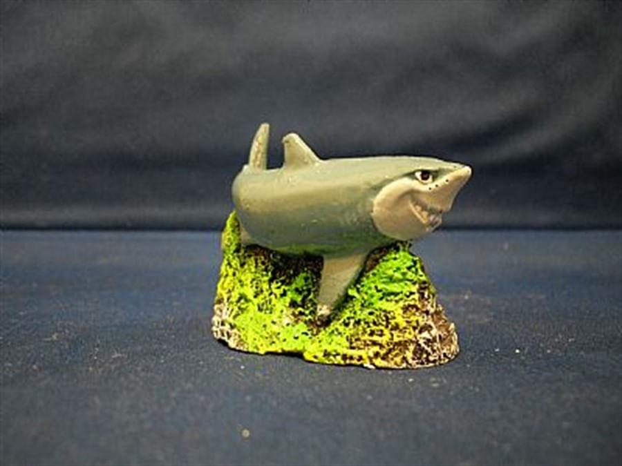 Aquária Enfeite de Resina Tubarão (N-08)