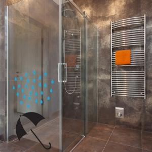 Adesivo de Banheiro Banho de Chuva