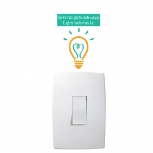 Adesivo de Parede Sorrir Gera Luz Interruptor