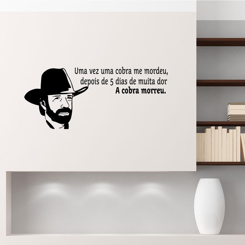 Adesivo de Parede Chuck Norris Frase